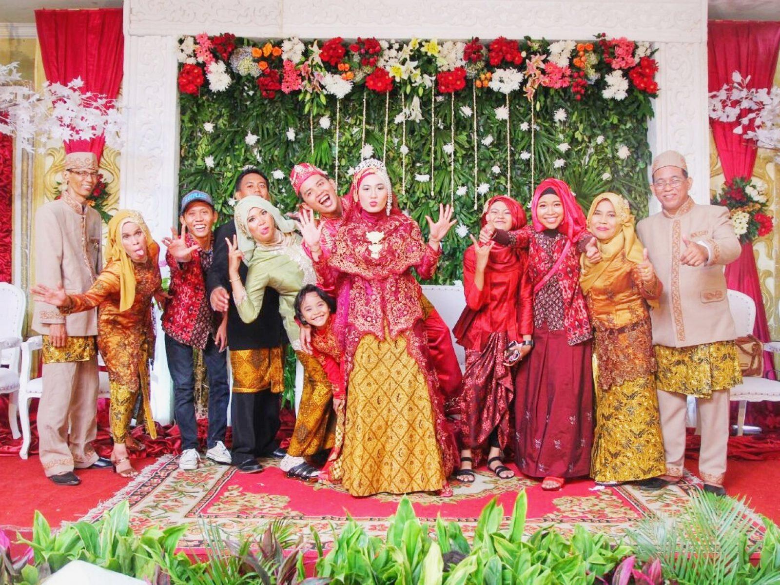 Paket pernikahan yang memudahkan dan membahagiakan pengantin